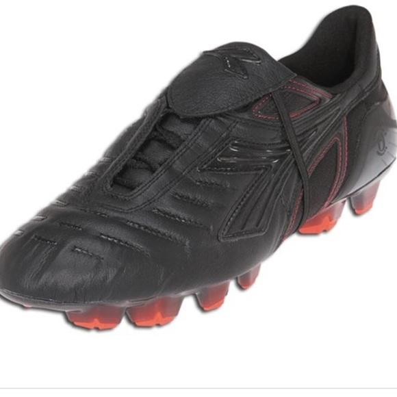 Diadora Shoes | Diadora Soccer Cleats